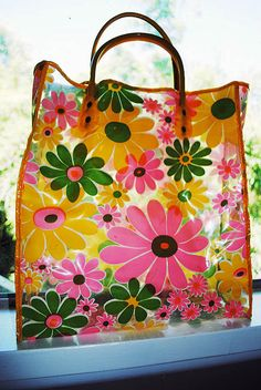 free us shipping KITSCHY clear plastic vintage 60s FLOWER POWER yellow pink green daisies summer beach pool tote bag