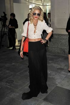 my new fashion obsession. Rita Ora, get to know her.