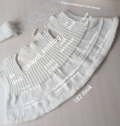 Erzählte Baby Cardigan Making – My Strictmuster Knitting For Kids, Baby Knitting Patterns, Knitting Projects, Chrochet, Crochet Yarn, Pop Corn, Knitted Baby Cardigan, Bebe Baby, Baby Vest