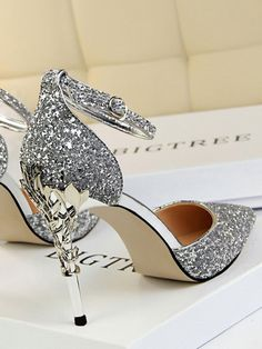 Silver Giltter Diamond Sparkly Point Toe Sequin Stiletto Party Prom Wedding High-Heeled Shoes Source by elenisika heels High Heels Boots, High Heels Stilettos, Pumps, Silver Sparkly Heels, Stiletto Heels, Silver High Heels, Heeled Boots, Satin Shoes, Strappy Shoes