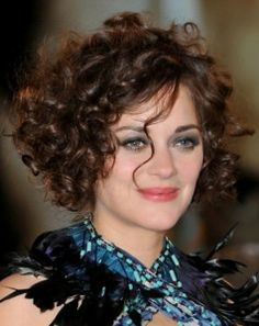 Magnificent Short Curly Hairstyles Curly Hairstyles And Hairstyles For Round Short Hairstyles Gunalazisus