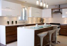 Armoires Design Plus.   Horizontal upper cabinets.