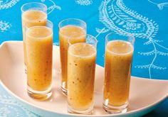 Aumente a disposição de seu pai com o suco de kiwi e abacaxi, um refresco cítrico e poderoso.