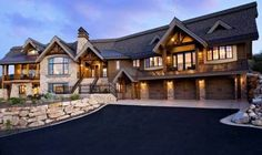 Salt Lake City Traditional Exterior Design Ideas, Pictures, Remodel and Decor Dream Home Design, My Dream Home, House Design, Dream Homes, Dream Big, Roof Design, Traditional Exterior, Traditional Design, Mountain Homes