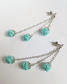 〈淡色 2色〉玉結びピアス Idea Box, Macrame Cord, Turquoise Bracelet, Knots, Beading, Bracelets, Jewelry, Schmuck, Crafting