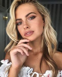 20 Best Natural Makeup Ideas Perfect For Spring - ! brunette - Make-Up Natural Summer Makeup, Best Natural Makeup, Natural Wedding Makeup, Wedding Hair And Makeup, Simple Makeup, Hair Makeup, Natural Makeup For Blondes, Blonde Makeup, Fresh Makeup
