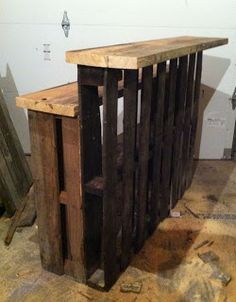 Small Bar Made From Pallets   ---   #pallets