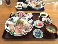 華アジ寿司定食1500円 ネタは新鮮。 小鉢は微妙、 75点、