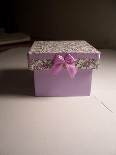 Caixa - Revestida de tecido by Dag Lembrancinhas - Artesanato em madeira, via Flickr