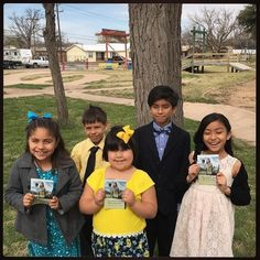 From Midland Tx Chapperal Congregation enjoying memorial 2016 campaign with the future pioneers preaching in Stanton TX. Thanks for sharing @ceo2003