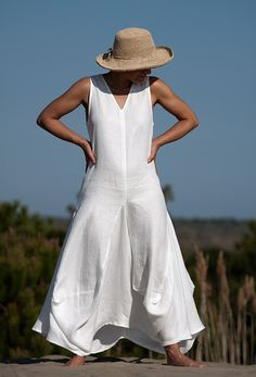 white linen dress for summer 2013 //AMALTHEE CREATIONS