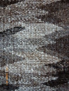 Colour Blend # 2 - weft-faced tapestry weave of handspun yarn