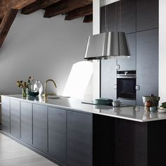 MARMOR I SJARMERENDE LOFTSLEILIGHET Kitchens, Home Decor, Marble, Decoration Home, Room Decor, Kitchen, Cuisine, Home Interior Design, Cucina