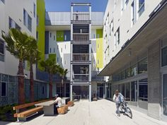 BRUCE DAMONTE: 22 courtyard green stair with bicycle