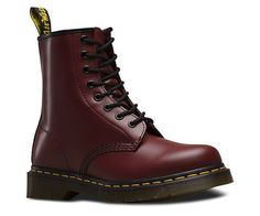 Dr. Martens boots cherry red smooth