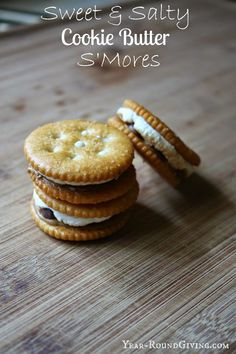 Cookie Butter S'mores Ritz, cookie butter, chocolate and marshmallow toaster oven S'mores. Sweet & Salty.  #cookiebutter #s'mores