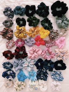Bescita Velvet Elastic Hair Bands Scrunchies WithFashion Simple Elastic Elastic Hair Scrunchy Hair Bands Ties for Women or Girls Hair Accessories Haircut Diy, Trendy Outfits, Girl Outfits, Vsco Pictures, Accesorios Casual, Fascinator, White Girls, Hair Ties, Girly Things