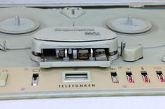 Telefunken M24 Vintage Audio Tape Recorder in transport case • EUR 150,00 - PicClick DE