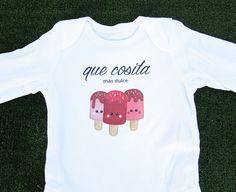 """Body bebé personalizable con ilustración de helados y texto """"que cosita más dulce"""" - www.ilustracionesilustres.com"""