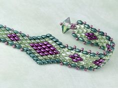 Pretty Colors! Serpent Song Bracelet Project  #SeedBeads #ColorPalette