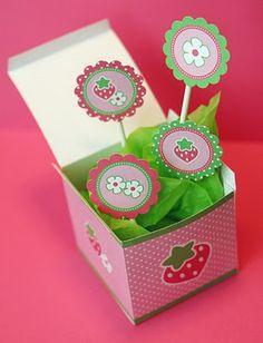 Fazendo a Minha Festa - Moldes: Caixa e Topper Cupcakes Morango e Flores