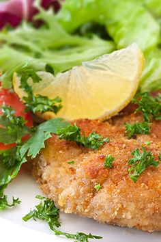 If you have chicken cutlets, bread crumbs and eggs, you can make crispy chicken for a quick and easy dinner.