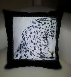 Pillow painting   pittura su stoffa