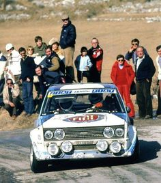 Im not a huge fan of the 131 Abarth but this pic is really nice! Monte Carlo, Subaru Rally, Race Car Track, Course Automobile, Rally Raid, Fiat Cars, Classic Race Cars, Fiat Abarth, Vintage Race Car