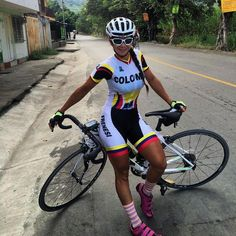Girl with bicycle Cycling Wear, Cycling Girls, Cycling Outfit, Women's Cycling, Cycle Chic, Chicks On Bikes, Female Cyclist, Bicycle Girl, Athletic Women