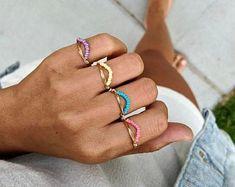 Wire Jewelry Rings, Handmade Wire Jewelry, Wire Wrapped Jewelry, Beaded Jewelry, Beaded Bracelets, Diy Stone Rings, Diy Rings, Bracelet Making, Jewelry Making