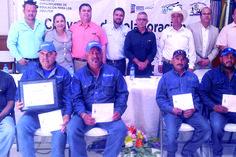 Trabajadores de JMAS al 100 en educación básica