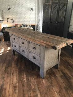 diy home decor boho tutorials ~ home decor tutorials Repurposed Furniture, Rustic Furniture, Diy Furniture, Furniture Design, Furniture Dolly, Barn Wood, Rustic Wood, Country Decor, Farmhouse Decor
