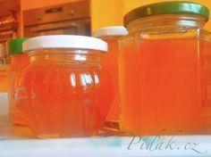 Zobrazit detail - Recept - Med z květů sedmikrásky - chudobky Prosciutto, Guacamole, Pickles, Salsa, Herbalism, Mason Jars, Honey, Food, Diet