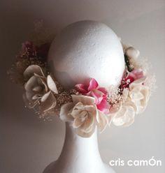 Corona de flores para novia #headpiece #brides #flowers #wedding #criscamOn