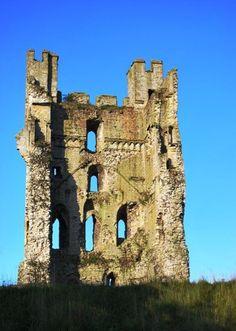 Helmsley Castle, North York Moors, Yorkshire, England.