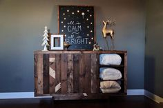 No-Cost Pallet #Blanket #Cabinet - 20 Excellent Pallet Furniture Projects | 101 Pallets