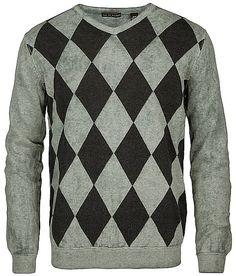 Age of Wisdom Argyle V-Neck Sweater