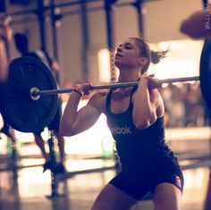 crossfitters:  Julie Foucher OCT 2014. @ali_sv photography