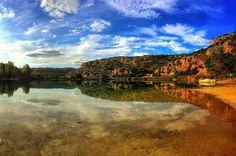 Reflejos redondos | Round reflections  Laguna Redondilla  #lagunasderuidera #mobilephotography