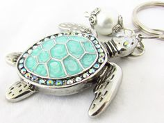 Sea Turtle Keychain, Turtle Keyring, Beach Keychain, Car Accessory, Cute Turtle Keychain, Beach Inspired Keyring, Ocean Critter Keychain by EarthlieTreasures on Etsy https://www.etsy.com/listing/230769445/sea-turtle-keychain-turtle-keyring-beach