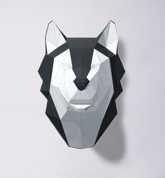 • Este papercraft plantilla una descarga digital instantánea PDF file•  Hacer su propio lobo/perro esquimal. Plantilla de bricolaje imprimible (PDF) contiene 5 páginas y la instrucción.  Se necesita: una impresora, 180g/m2 papel o más grueso, cuchillo o tijeras y pegamento para el montaje. Tiempo de montaje estimado: 3 horas. Tamaño de modelo: A4: 30 x 21 x 20 cm. A3: 43 x 30 x 28 cm.   Después de comprar un archivo digital, usted verá una vista de su enlace de archivos que va a la página…
