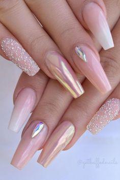 54 Beautiful Mismatched nail art design – neutral nails, nude nails ,nail acrylic ,nails Source by townsendrylee Neutral Nails, Nude Nails, Gel Nails, Coffin Nails, Neutral Art, Pink Chrome Nails, Chrome Nail Art, Rose Gold Nails, Toenails
