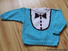 Wełnomaniaczka: Niebieski sweterek z muchą http://welnomaniaczka.blogspot.com/