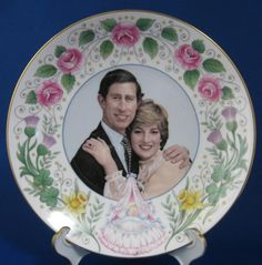 Birth Of Prince William Plate 1982 Bone China Crown Staffordshire Engl – Antiques And Teacups