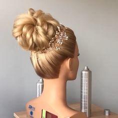 Wedding Hairstyles For Women, Wedding Hairstyles Tutorial, Braided Bun Hairstyles, Up Hairstyles, Russian Hairstyles, Hair Style Vedio, Competition Hair, Hairdo For Long Hair, Bridal Hair Buns