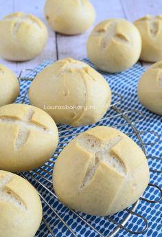 Harde broodjes - Laura's Bakery