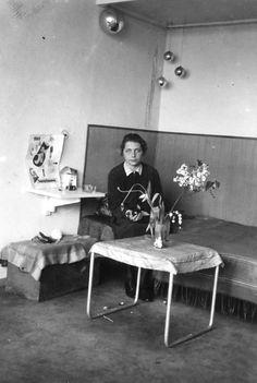 bauhaus Dessau, Gunta Stölzl in her studio Apartment