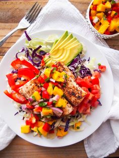 Seared spicy mahi mahi fish taco salad with sweet and spicy mango salsa #recipe