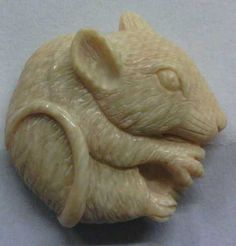 """ButtonArtMuseum.com - Vintage Carved Wooly Mammoth Tusk Picture Button Med 7 8"""" Mouse"""