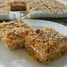 Kadayıflı kek tatlısı tarifi Homemade Beauty Products, Lasagna, Banana Bread, Macaroni And Cheese, French Toast, Food And Drink, Breakfast, Ethnic Recipes, Desserts